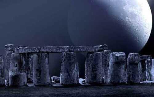 stonehenge haunted