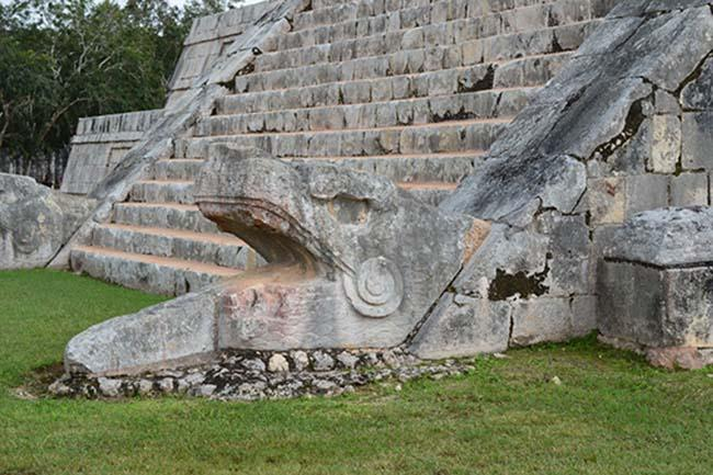 Chichen-Itza-picture
