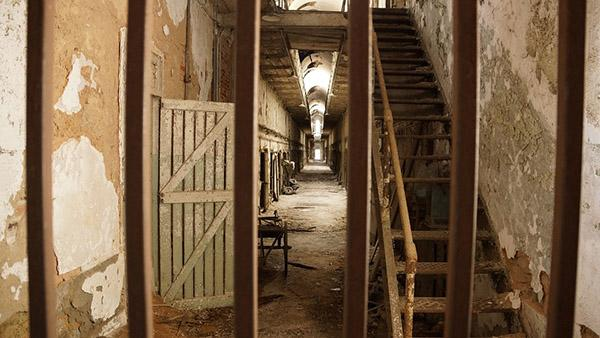 Eastern-State-Penitentiary-image