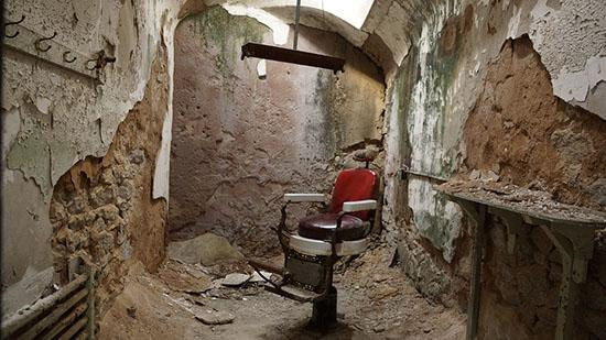 Eastern-State-Penitentiary-photo