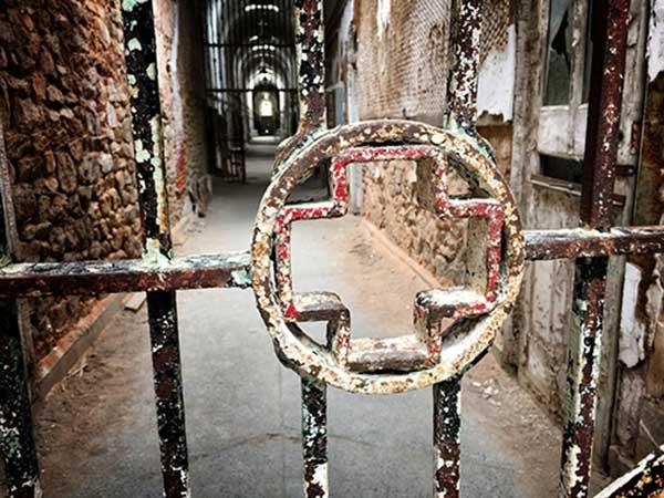 Eastern-State-Penitentiary-pic
