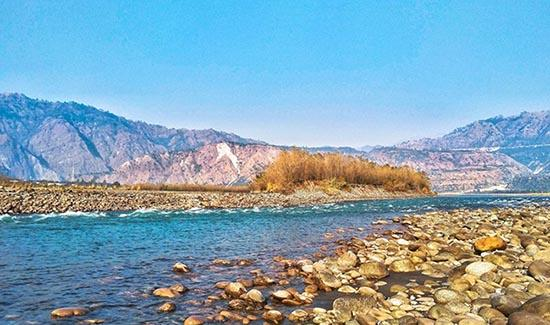 Chenab Lake Places to Visit in Auli