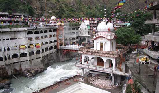 Manikaran Gurudwara Places to Visit in Kasol