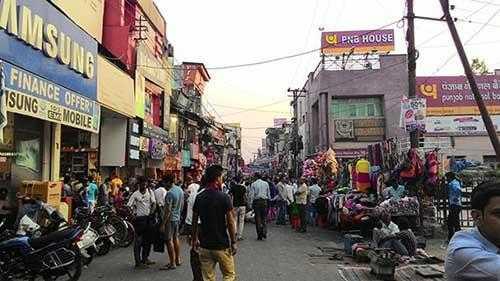 paltan bazaar Dehradun Travel Guide