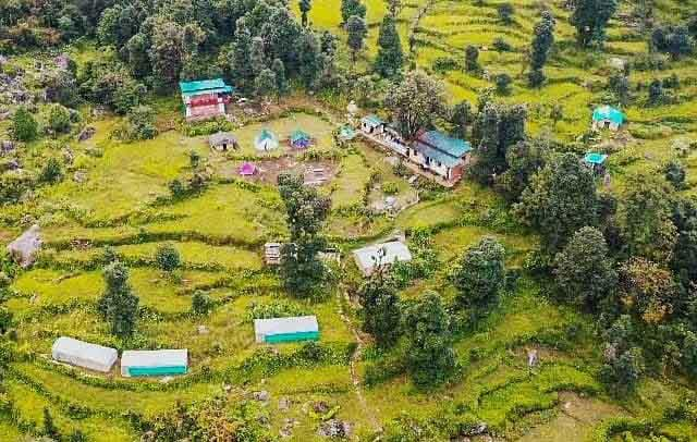 resorts in chopta