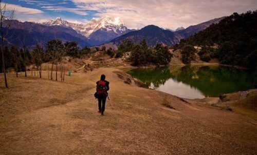 Deoria Tal Trekking
