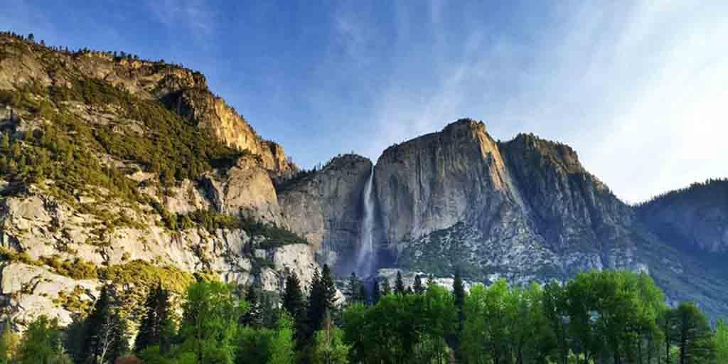 Bask in the Beauty of the Iconic Yosemite National Park