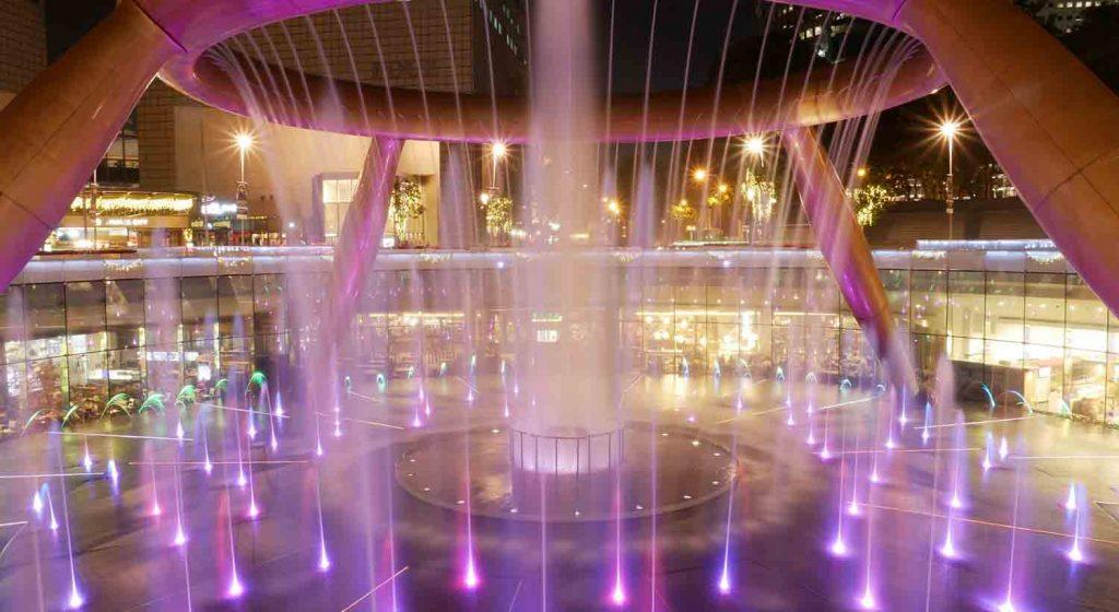 Light and Water Show in singapore