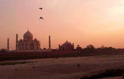 Taj Mahal opening time